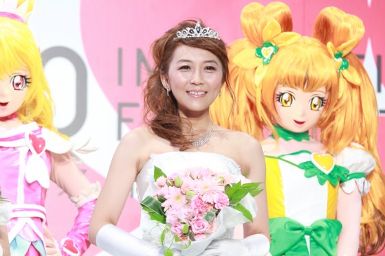 Photo taken last October for the Precure movie.. not during her wedding ceremony lol.